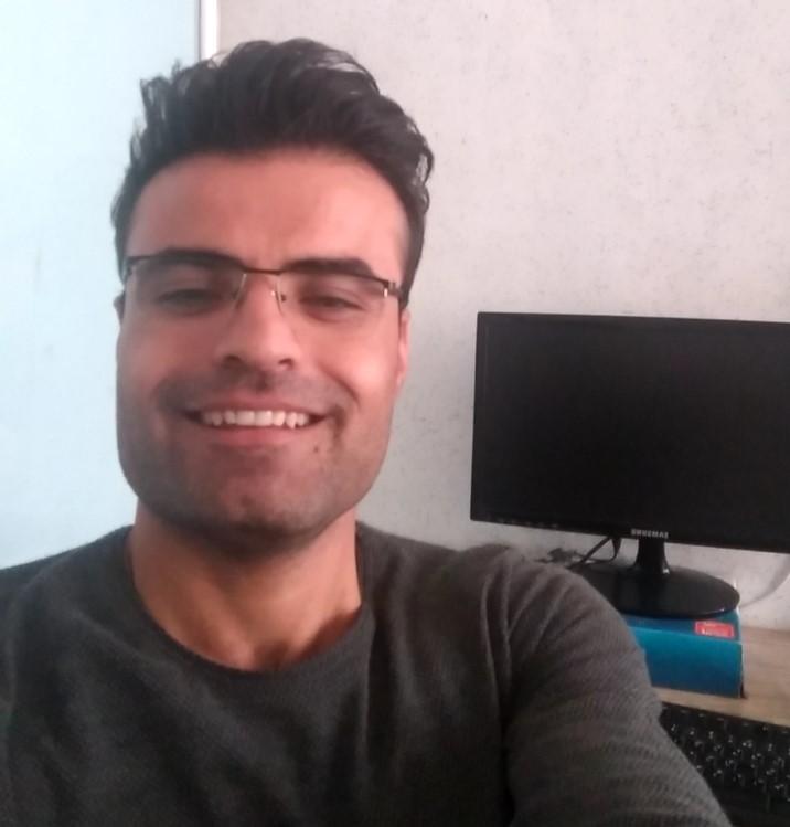 امید محمودی