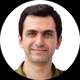 آرش حسینی