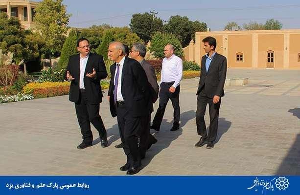 گزارش تصویری بازدید سفیر ارمنستان از پارک علم و فناوری یزد