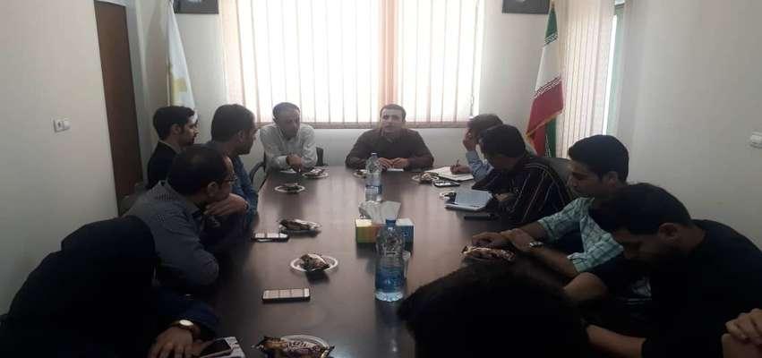 جلسه مدیران هستهها و واحدهای فناور عضو مرکز رشد شرق گلستان با مدیر این مرکز برگزار شد