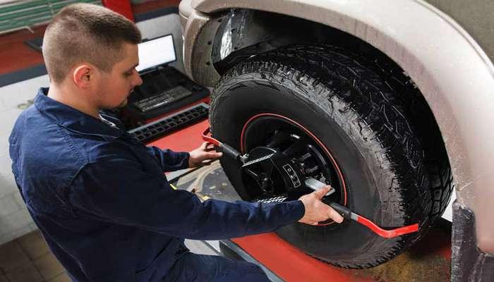 چه موقع تعویض لاستیک خودرو ضروری است؟