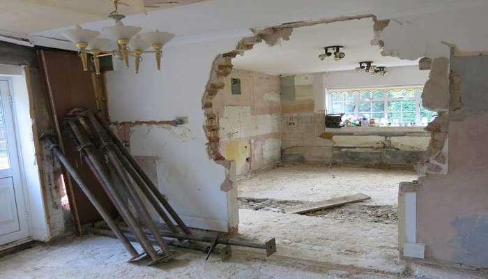 آیا تخریب دیوار داخلی ساختمان بدون خطر است؟