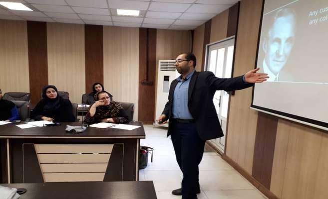 """پیشرانان جدید طرح """"ملی توانمندسازی اقتصادی زنان سرپرست خانوار"""" در استان خوزستان آموزش بهبود فضای کاری دیدند"""