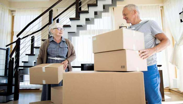 خدمات اسباب کشی افراد سالمند