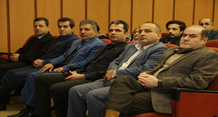 مراسم تجلیل از برگزیدگان نمایشگاه هفته پژوهش و فناوری استان گیلان