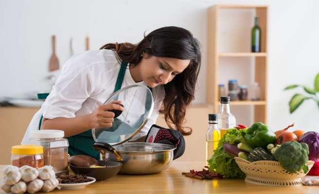 ۵ اقدام اساسی که حتما بعد از سمپاشی آشپزخانه باید انجام دهیم...