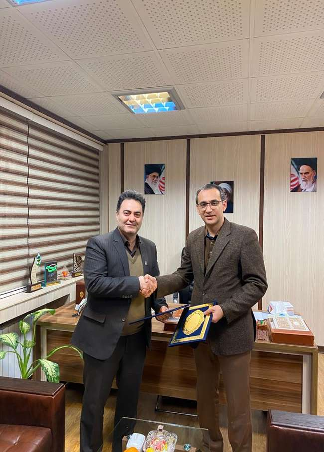 قرارداد واگذاری سوله ۱۱۰۰ متری واقع در دانشگاه گنبد به پارک علم و فناوری گلستان منعقد شد