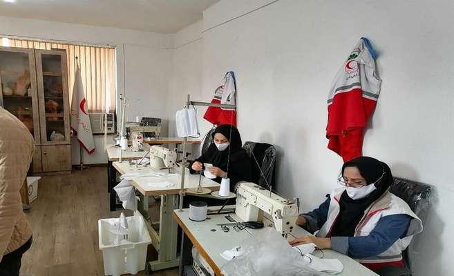 تولید مواد ضد عفونی کننده و ماسک بهداشتی توسط واحدهای فناور مستقر در مرکز رشد آستانه اشرفیه استان گیلان