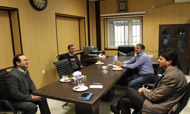 با همکاری پارک علم و فناوری آذربایجان غربی انجام می گیرد: تکمیل زنجیره اقتصادی گیاهان دارویی در استان
