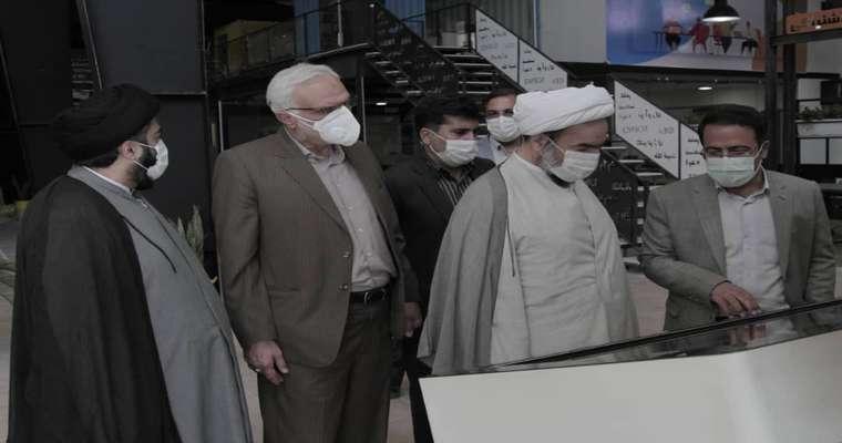 حضور نماینده مقام معظم رهبری در استان و امام جمعه زاهدان در پارک علم و فناوری سیستان و بلوچستان