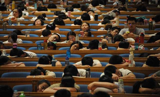 بچهتنبلهای آسیا چطور در اروپا نابغه میشوند؟ یک فرد چینی از تصویر آرمانیِ نادرستی میگوید که خارجیها از سیستم آموزشی غرب دارند