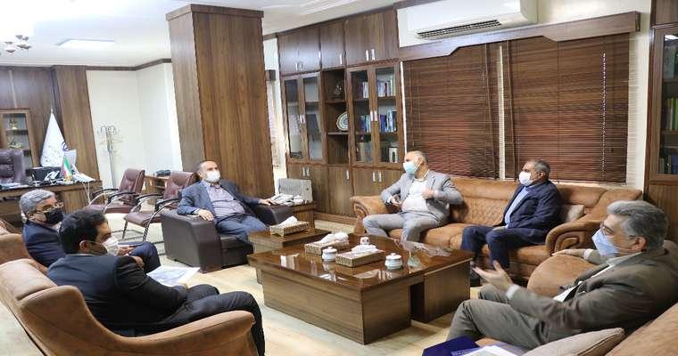 نشست پیگیری مشکلات پارک علم و فناوری در دفتر استاندار خوزستان