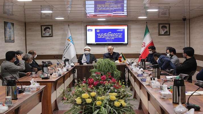 رئیس پارک علم و فناوری استان قم تاکید کرد: خمیر مایه اصلی حوزه کسب و کار برگرفته از دانش موجود در دانشگاه است