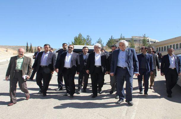 گزارش تصویری بازدید معاون علمی و فناوری رئیس جمهور از پارک علم و فناوری فارس