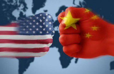 جنگ تجاری چین وآمریکا ۶۰۰ میلیارد دلار به اقتصاد جهان آسیب میزند