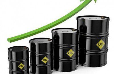 قیمت نفت با کاهش شدید ذخایر نفت آمریکا به محدوده ۷۰ دلار برگشت