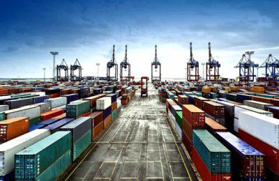فارس من  ممنوعیت واردات کالاهای غیر ضروری برای مدیریت منابع ارزی