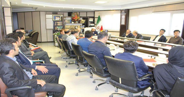 نشست هم اندیشی شرکت های دانش بنیان پارک علم و فناوری و اداره کل اوقاف و امور خیریه استان برگزار شد.