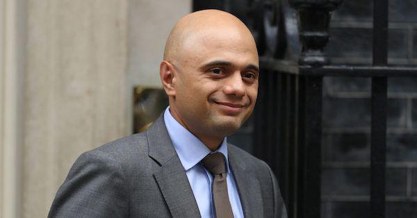 وزیر کشور بریتانیا حکم استرداد جولیان آسانژ به آمریکا را امضا کرد