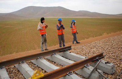 فارس من|بهترین روش تامین مالی راهآهن شلمچه-بصره/جذب ۳ میلیون تن بار صادراتی ایران به عراق