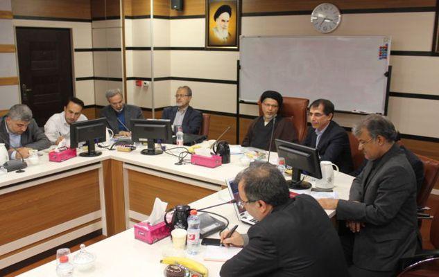 نشست دانشگاهیان و مدیران شرکت های دانش بنیان و واحدهای فناور استان بوشهر با دبیر شورای عالی انقلاب فرهنگی
