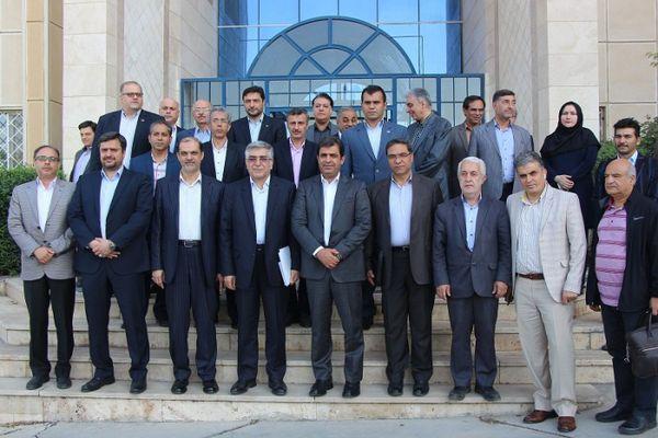 بازدید رئیس سازمان نوسازی و توسعه صنایع کشور از پارک علم و فناوری البرز و مجتمع تحقیقاتی شهدای جهاد دانشگاهی