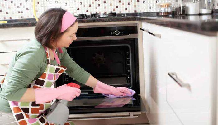چرا نظافتچی خانم کارهای نظافت آشپزخانه را بهتر انجام می دهد؟