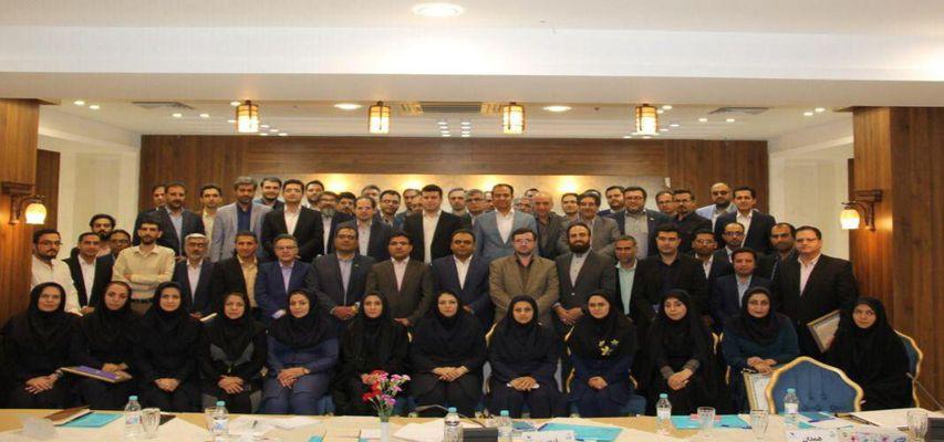 انتخاب شرکت سورنا(کارگزار فن بازار استان یزد) به عنوان کارگزار برتر کشور