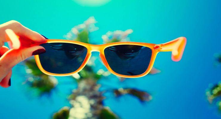 ۷ نکتهای که قبل از خرید عینک باید حتما به آنها توجه کنید
