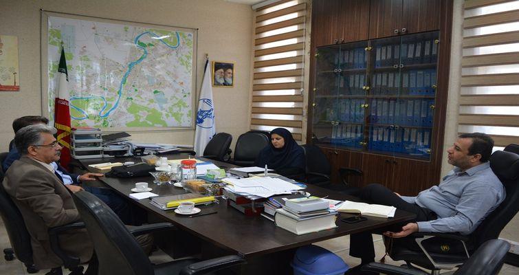 در نشست با معاون شهرداری اهواز: توانمندی شرکت های مستقر در پارک علم و فناوری خوزستان در حوزه مدیریت شهری تبیین شد