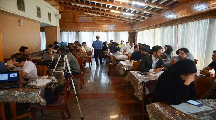 کارگاه طراحی مدل کسب و کار توسط مرکز رشد ICT پارک علم و فناوری خراسان