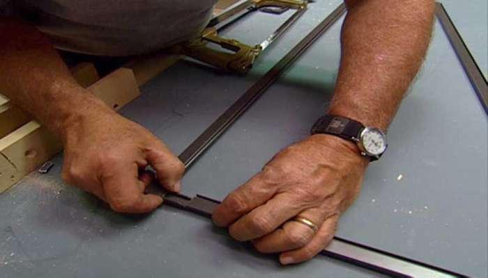 چگونه یک درب توری فلزی بسازیم؟