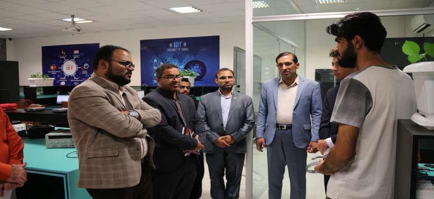 بازدید سرپرست شرکت شهرک های صنعتی استان از پارک علم و فناوری سیستان و بلوچستان