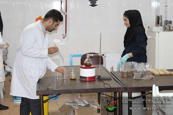 تولید محصولات آرایشی و بهداشتی کاملا گیاهی توسط شرکت مستقر در مرکز رشد جامع  پارک علم و فناوری آذربایجان غربی