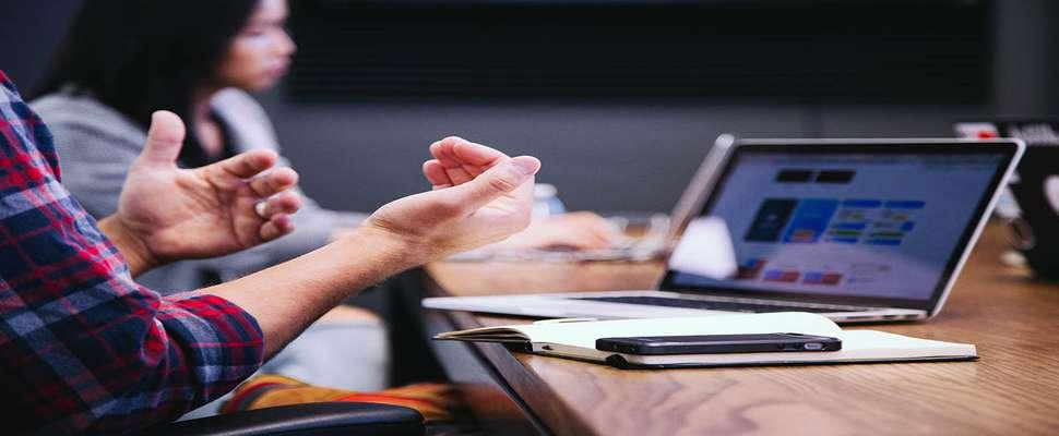 مهارتهای ارتباطی و اهمیت آن در موفقیتهای شغلی