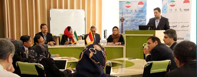 دکتر وحدت اعلام کرد: صندوق نوآوری و شکوفایی تامین مالی شرکتهای ایرانی در همکاری با شرکتهای اندونزی را برعهده خواهد گرفت