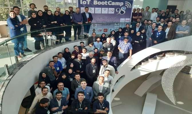 برگزاری اختتامیه بوتکمپ اینترنت اشیا با حضور مدیران کشوری، سرمایهگذاران، شتابدهندهها و استارتاپها