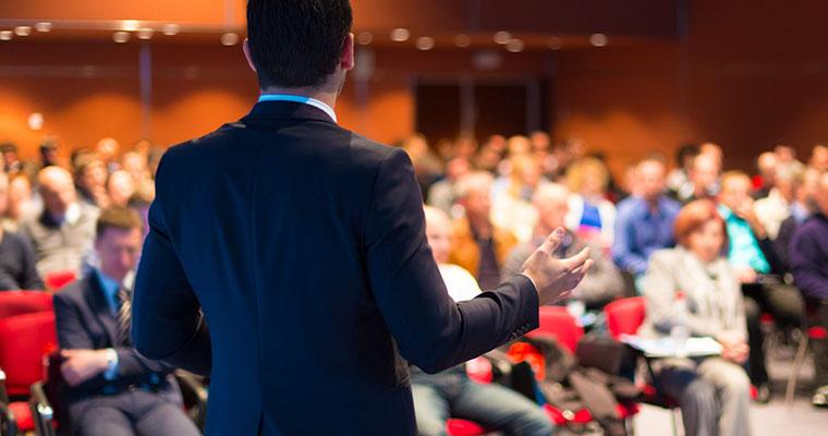 همایش اقتصاد و کارآفرینی (کسب و کار) در حوزه زبان های خارجی