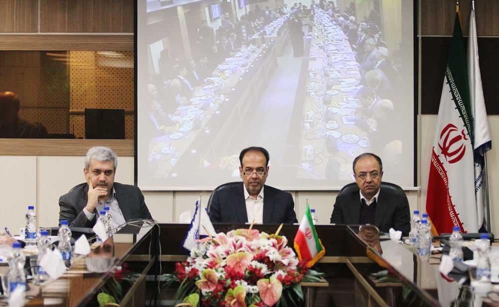 دومین حضور سورنا ستاری در اتاق بازرگانی تهران