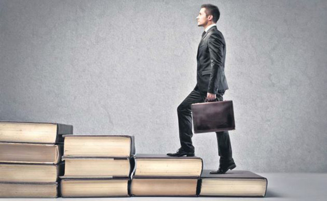 مزایای حضور مدیران جوان در راس کار