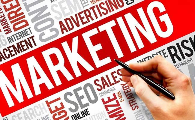 تفاوت بازاریابی در استارتاپ ها و بازاريابى در شرکت های بزرگ