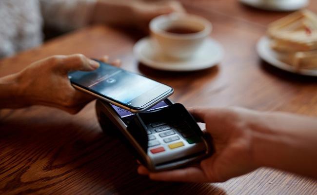 پرداخت موبایلی برای مشتریان بانک پاسارگاد فراهم شد