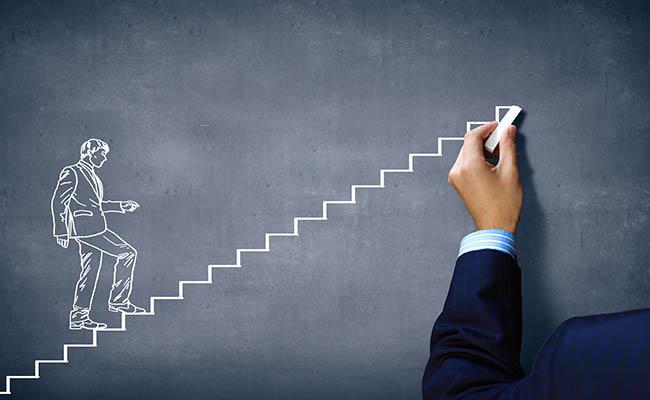 کارآفرینان چگونه می توانند از شکست پلی به سوی پیروزی بسازند؟