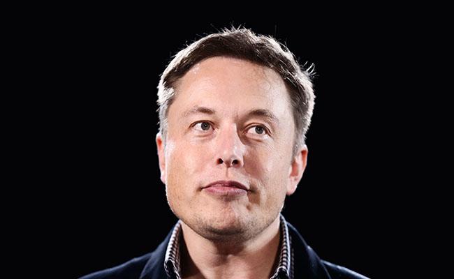 ایلان ماسک: کارآفرینی مانند ایستادن بر لبه پرتگاه است