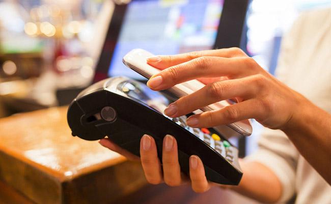ارائه مدل جدیدی از پرداخت با بستر تلفن همراه توسط بانک مرکزی