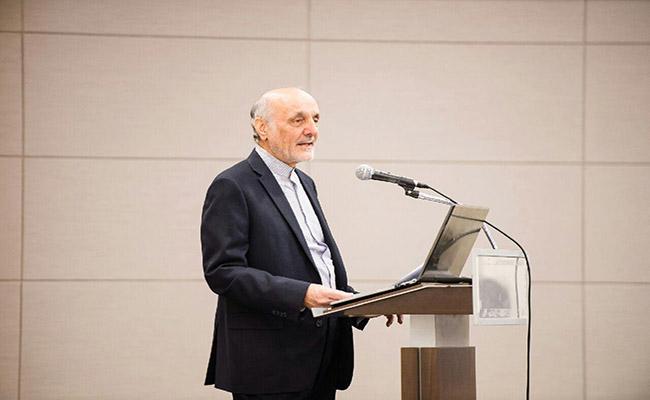 سمینار بررسی فرصت های سرمایه گذاری ایران برگزار شد