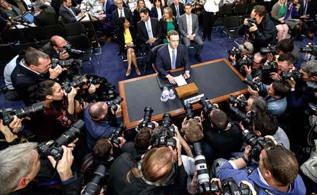 حضور زاکربرگ در کنگره آمریکا در پی رسوایی اخیر فیسبوک