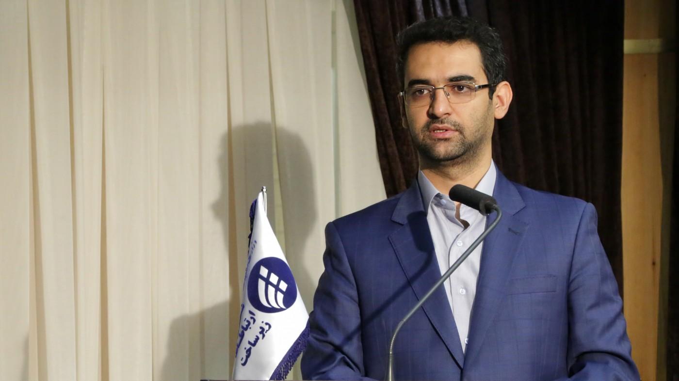 محمدجواد آذری جهرمی استعفا داد؛ جهرمی تکذیب کرد