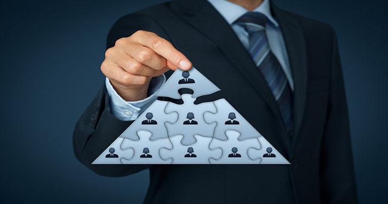 سرمایه گذاری در منابع انسانی و توسعه شرکتها